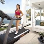 Как заниматься на беговой дорожке для похудения?