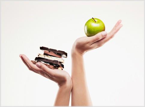 Шоколад и яблоко