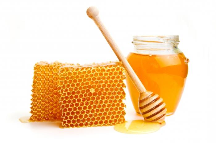 Мед: калорийность в чайной ложке