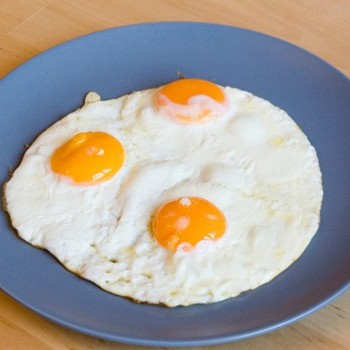 Сколько в яичнице калорий